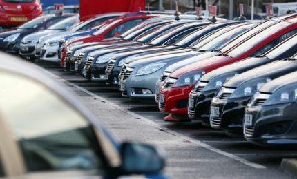 Calenda, incentivi per cambio auto