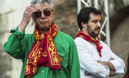 """Salvini """"sfratta"""" Bossi da Pontida. Il Senatur: """"Segnale che dovevo andarmene via"""""""