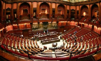 Obiettivo M5s: via subito vitalizi Camere, anche senza governo