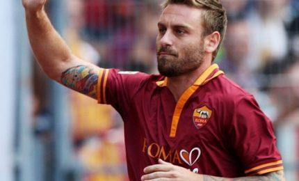 Daniele De Rossi rinnova con la Roma fino al 2019