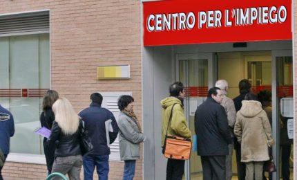 A marzo risale la disoccupazione. L'esercito dei senza lavoro supera i tre milioni