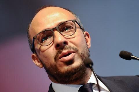 Emiliano: se Renzi premier si deve dimettere da segretario PD