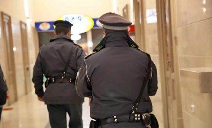 Intasca mazzetta, arrestato dirigente Policlinico Bari