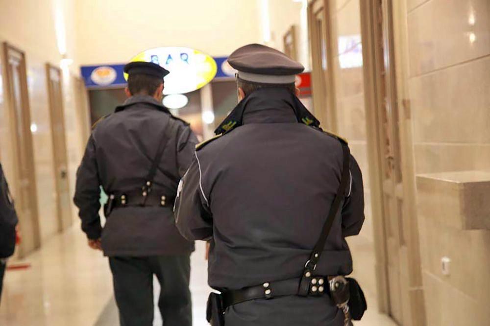 Maxi evasione fiscale a Messina, 5 arresti e 23 milioni sequestrati