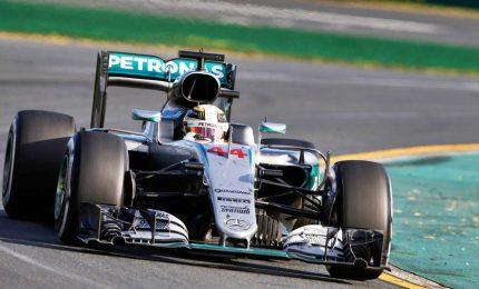 Hamilton in pole, Vettel prima fila