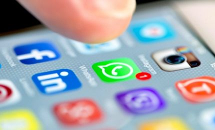 Acquisto Whatsapp, maxi-multa a Fb