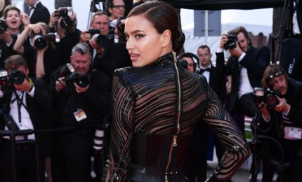 Irina e le altre: sfilata di top sul red carpet di Cannes