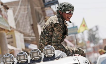 Isis in Siria, per Raqqa è gara tra ribelli filo-Usa e il regime di Damasco