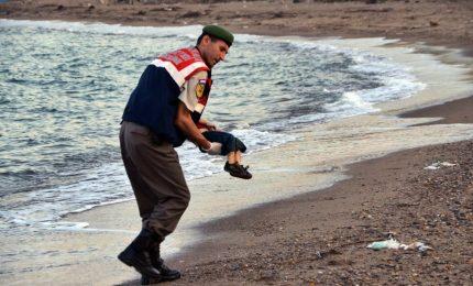 Migranti: 200 bimbi morti in cinque mesi, uno al giorno
