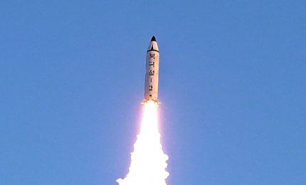 """NordCorea sgancia altro missile. Tokio: """"Violate risoluzione Nazioni unite"""""""