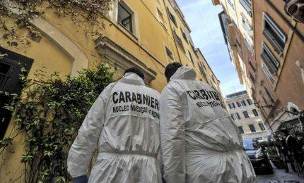 """Roma, uccide la convivente per gelosia. L'uomo si costituisce e confessa: """"Sono stato io"""""""