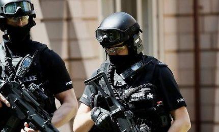 """Strage Manchester: massima allerta, soldati in strada. Rischio attacco """"imminente"""""""