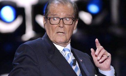 È morto Roger Moore, sette volte James Bond. Aveva 89 anni
