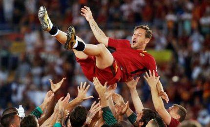 """L'addio in lacrime di Francesco Totti: """"Si spegne la luce, adesso ho paura"""""""