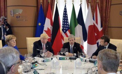 Tensione al G7 su questione migranti, Trump stoppa Gentiloni