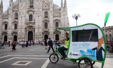 """A Milano arriva il """"T-Riciclo"""", il nuovo mezzo ecologico di Amsa"""