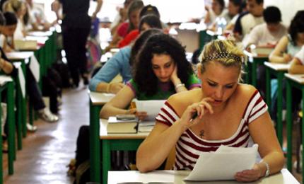 Al via l'esame di maturità: 505 mila studenti, oltre 25 mila classi e oltre 12.500 commissioni