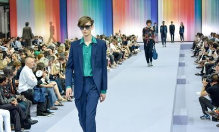 Moda Parigi, colori fluo e allegria per Sir Paul Smith