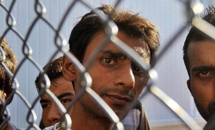 Chiusa via dei Balcani, migranti in Europa dall'Italia