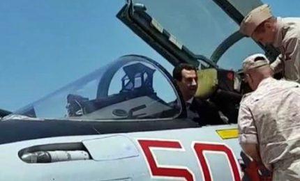 Presidente della Siria a bordo di un aereo militare russo