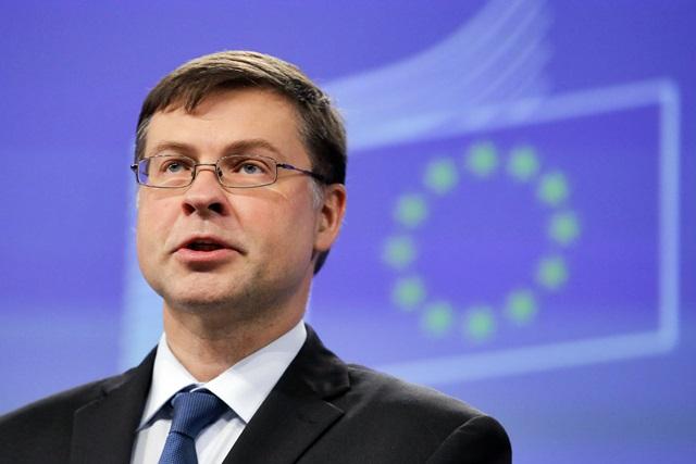 """Dombrovskis: """"Aiuteremo Italia con ogni mezzo"""". Aiuti anche dalla Cina"""