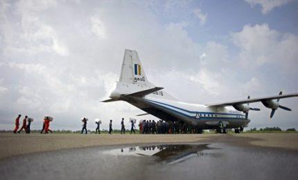 Birmania, trovati cadaveri e resti dell'aereo scomparso