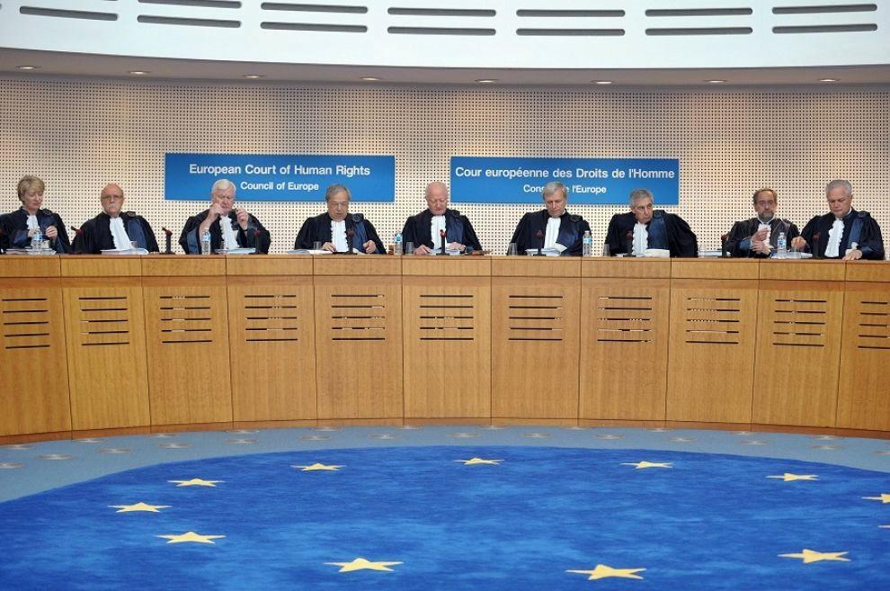 Corte Ue: giù le mani dalle mail dei dipendenti