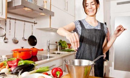 Gli italiani in cucina? Sperimentano anche se talvolta sbagliano