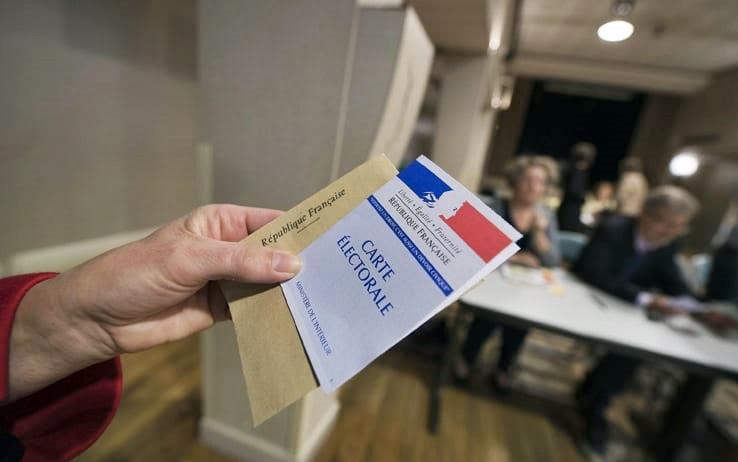 Francia, urne aperte per il secondo turno delle legislative