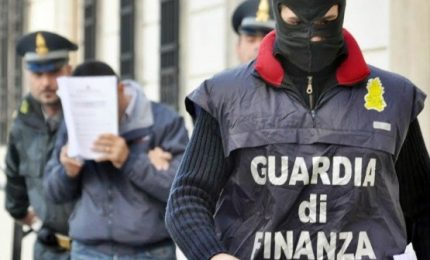 Smantellato traffico armi e droga Germania-Sicilia, 20 arresti