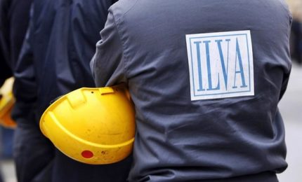 Ilva: sì o no all'accordo, al via assemblee e referendum