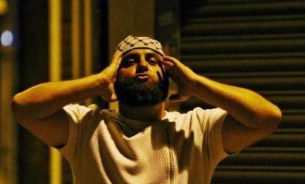 Attacco terroristico a Londra, un morto e dieci feriti. Le vittime sono tutte musulmane