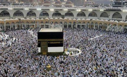 Sventato attacco terroristico alla Mecca, kamikaze si e fatto esplodere. Iran condanna: pronti a collaborare