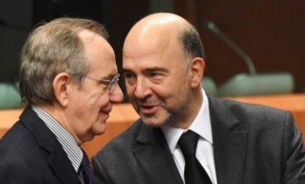 L'Ue apre all'Italia, Moscovici possibilista su taglio 0,3% deficit/Pil