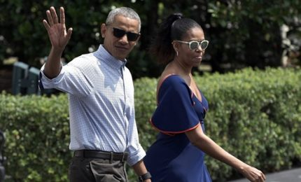 Vacanze in Indonesia per la famiglia Obama, tutti al tempio