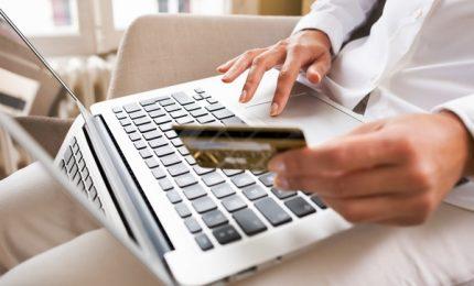 Sfida M5s-Lega su E-commerce, tracciabilità e prezzi uguali tutti