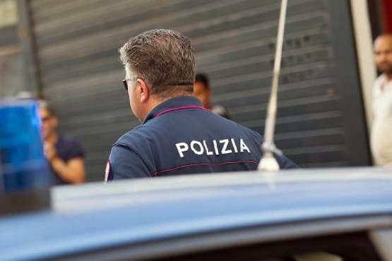 Sparatoria a Roma durante una tentata rapina: ucciso un bandito