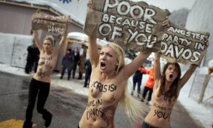A processo a Parigi gruppo di attiviste Femen