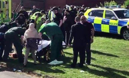 Auto travolge pedoni, sei feriti. Scartata pista terrorismo a Newcastle