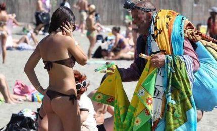 Guerra ai vu cunprà alle 5Terre, sindaco in spiaggia a cacciarli