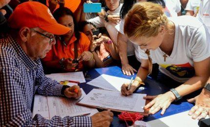 Venezuela, opposizione alle urne contro Maduro. Al via referendum non autorizzato
