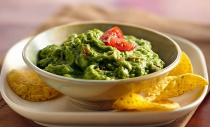 Piatti più ricchi con la salsa guacamole