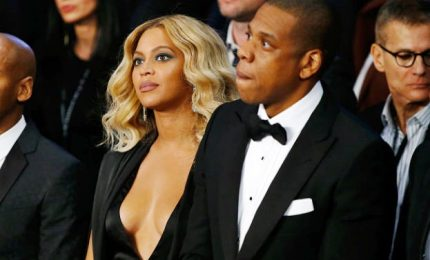Beyoncé e Jay-Z spendono 600mila dollari l'anno per tate gemelli