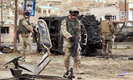 """Afghanistan, attentato dei talebani a Kabul: almeno """"37 morti"""""""