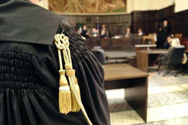Lodi, professore assente 5 anni da scuola: faceva l'avvocato in Calabria