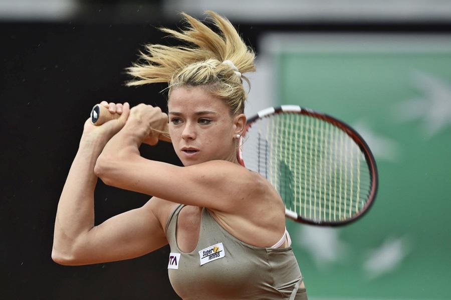 Wimbledon: Camila Giorgi accede al secondo turno