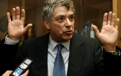 Spagna: arrestato il presidente della Federcalcio Villar