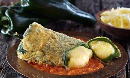"""Ricette dal mondo, a tavola con i messicani """"chiles rellenos"""""""