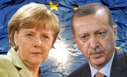 """Berlino colpisce turismo e investimenti. Ankara: """"Irresponsabilità politica"""""""