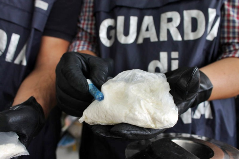 Droga e armi dall'Albania: un arresto a Veduggio con Colzano